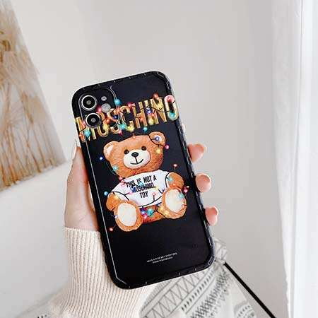 moschino iphone12proケース